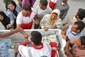 سبد غذایی یک ماهه هلال احمر لرستان بین مردم زلزله زده کرمانشاه توزیع میشود