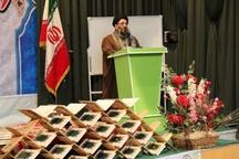 برنامه های ضد ایرانی استکبار در مساجد تبیین شود