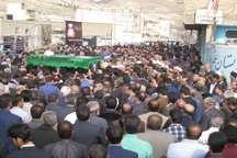 پیکر حجت الاسلام بابایی بر دستان در پلدختر تشییع شد