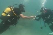 مراسم خواستگاری لاکچری خانم بازیگر در زیر آب