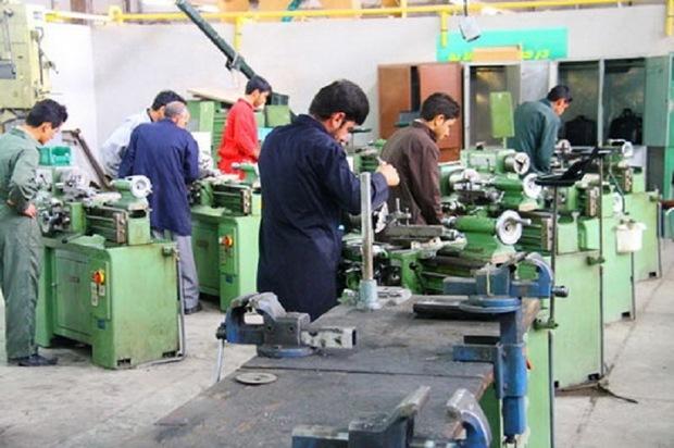 یک هزار و 761 نفر در دهلران گواهینامه مهارت دریافت کردند