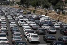 ترافیک در ورودی های استان تهران سنگین است