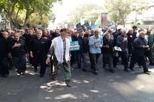 تظاهرات نمازگزاران تبریزی در اعتراض به سخنان ضد ایرانی ترامپ