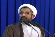 امام جمعه موقت بوشهر: استاندار جدید همه ظرفیت ها را برای توسعه این استان بکار گیرد