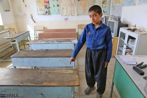 35 درصد از مدارس قروه فرسوده است
