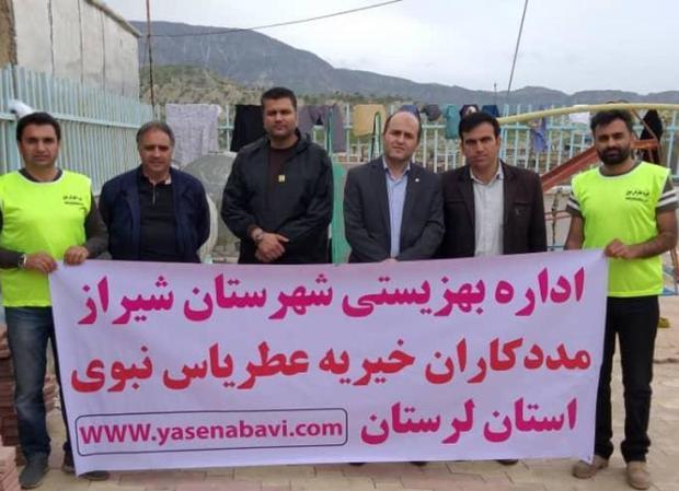 کمک رسانی مردم فارس به سیل زدگان لرستان ادامه دارد