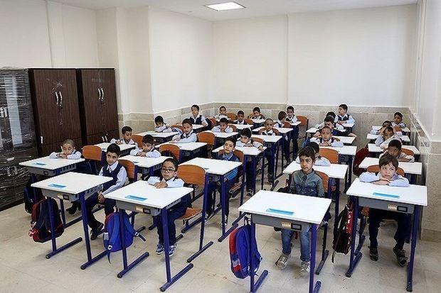 رعایت قوانین در مدارس غیردولتی نیز ضروی است