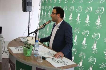 فعال سیاسی اصلاح طلب: فضای نقد در دولت روحانی توسعه یافت