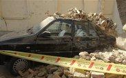 دیواری در غرب تهران روی 5 خودرو ریزش کرد