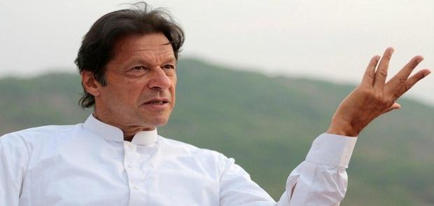 چرایی عشق مردم به امام خمینی از زبان عمران خان  رهبر حزب تحریک انصاف پاکستان