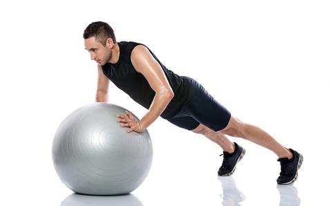 تمرینات پیلاتس به رفع کمر درد کمک می کند