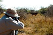 شکارچی متخلف در منطقه لار زاهدان به دام افتاد