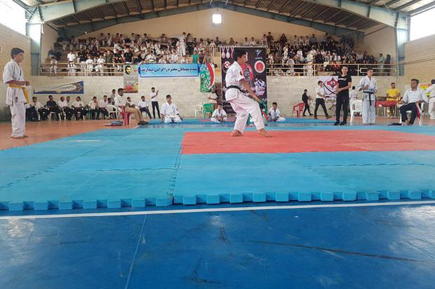 استان مرکزی قهرمان مسابقات کاراته کیوکوشین شد