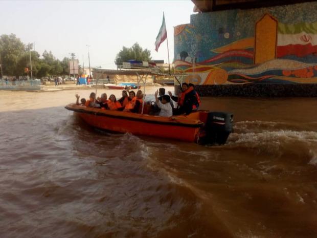 10 سرنشین قایق تفریحی در خرمشهر نجات یافتند
