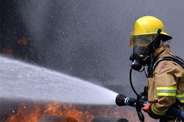 آتش سوزی ساختمان 4 طبقه در تبریز یک مصدوم برجا گذاشت