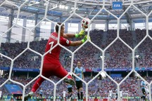 حاشیه و تصاویر بازی فرانسه و اروگوئه در یک چهارم نهایی + فیلم