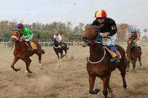رقابت 56 راس اسب درهفته هشتم مسابقات اسبدوانی کورس پاییزه گنبدکاووس