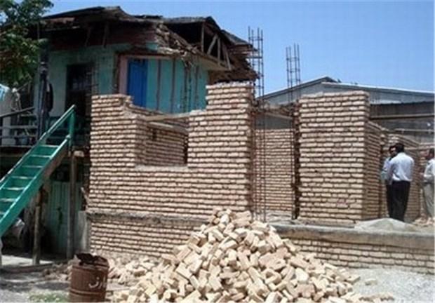 مردم به دلیل تسهیلات اندک از طرح بازسازی مسکن استقبال نمی کنند