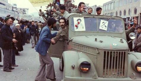 هشدار امام به ملت و ارتش در واکنش نسبت به توطئهها