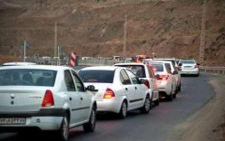 ترافیک در محور رشت - قزوین نیمه سنگین ولی روان است