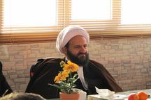 امام جمعه قرچک: تضعیت دولت حرام و حرکت در مسیر دشمن است