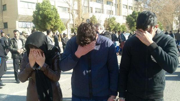 سه کیف قاپ حرفه ای خیابان های شیراز به دام پلیس افتادند