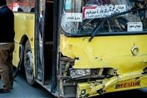 ۳۱ نفر در تصادف اتوبوس در اتوبان معلم به بیمارستان منتقل شدند