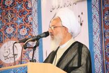 امام جمعه زنجان: دانشجو باید دشمن شناس باشد