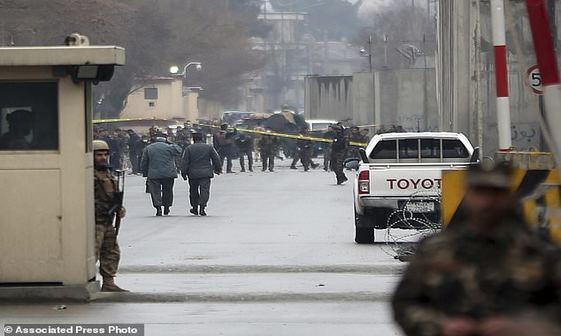 انفجار انتحاری در محله دیپلماتیک کابل+ تصاویر