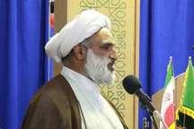 نماز جمعه نماد وحدت بین ارکان نظام اسلامی است