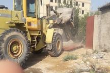 16 ساخت وساز غیرمجاز درگناوه تخریب شد