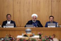 روحانی: ایران همواره آماده روابط برادرانه و دوستانه با همه کشورهای اسلامی بویژه همسایگان است/ تامین امنیت خلیج فارس نیازی به نیروی خارجی ندارد / صهیونیستها اگر میتوانند امنیت خود را حفظ کنند!