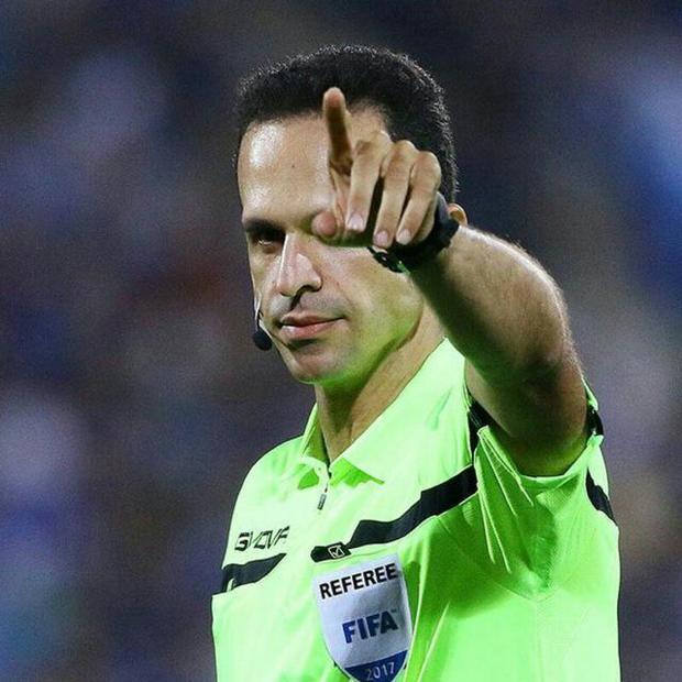 داور بین المللی فوتبال به میادین قضاوت بازگشت