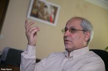 پاسخ نیلی به مقاله انتقادی عباس شاکری