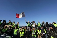 چرا معترضان فرانسوی جلیقه زرد به تن می کنند؟
