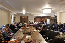 مراسم بزرگداشت لسانالغیب با حضور ادیب و حافظپژوه خوزستانی در خانه دوستِ تهران برگزار شد