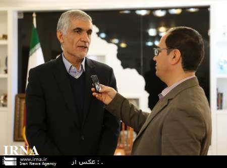 استاندار فارس: هر ایرانی متعهدانه کالای تولید داخل خریداری کند