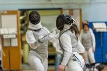 رقابتهای قهرمانی شمشیربازی دختران کشور در اراک آغاز شد