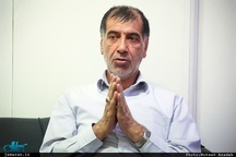 باهنر: احمدینژاد سال ۸۴ با ۸۸ فرق میکند /برای روی آنتن بودن نباید اصل نظام را زیر سوال ببریم