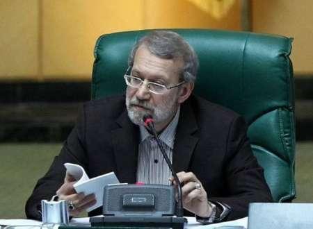 دستور لاریجانی برای رعایت قانون درباره حضور پیروان ادیان الهی در انتخابات شوراها