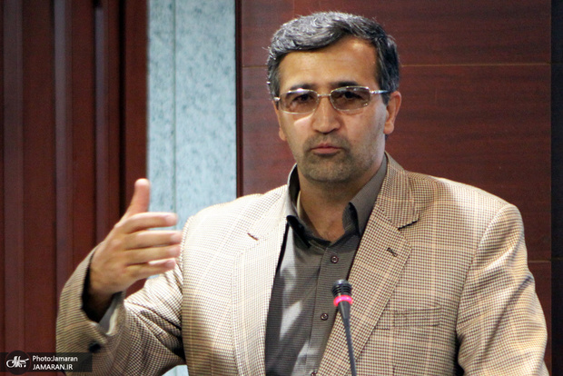 واکنش یک استاد حقوق به انتشار فیلمی از سخنان امام خمینی(س) در جماران