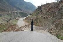 رانش زمین موجب مسدود شدن جاده هفت روستا در ایذه شد