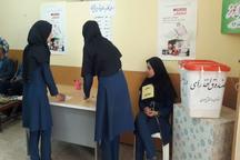 585 نفر به عضویت شوراهای دانش آموزی دهلران درآمدند
