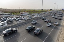 تردد ۹ میلیون وسائط نقلیه در محورهای مواصلاتی آذربایجان غربی ثبت شده است