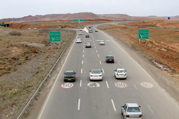 تجهیزات زمستانی برای تردد در راه های استان مرکزی الزامیست
