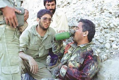 ما اَمَر به الامام الخمینی (قدس سره) فیما یتعلق بالتصرف مع الاسرى من النظام البعثی العراقی