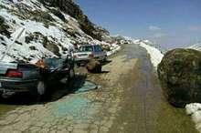 ریزش کوه در ونایی بروجرد یک کشته وچهار زخمی برجای گذاشت