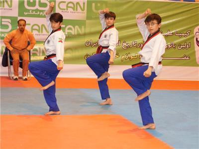 رقابت2 نونهال همدانی به رقابت های قهرمانی پومسه آسیا