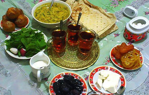 مصرف غذا در رمضان باید 30 درصد کمتر شود