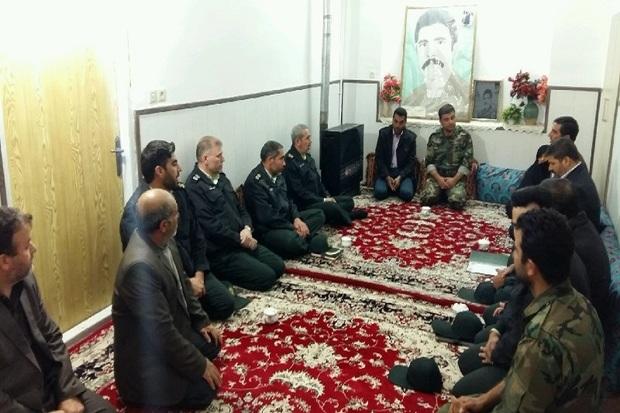 سردار معصوم بیگی: خانواده شهیدان  اسوه صبر و استقامت هستند